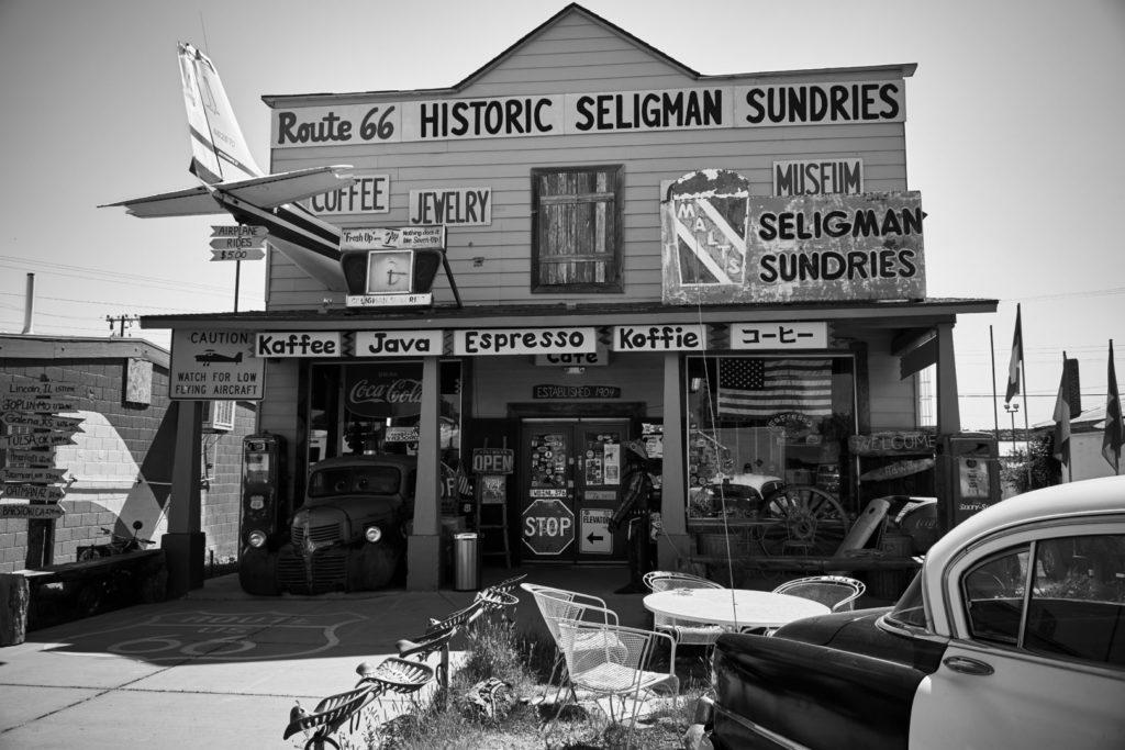 Die perfekte USA Roadtrip Route durch den Südwesten: Seligman an der Route 66
