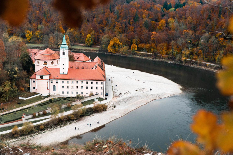 Kloster Weltenburg in der Nähe von Regensburg. Ein tolles Ausflugsziel für einen Oberpfalz Urlaub.
