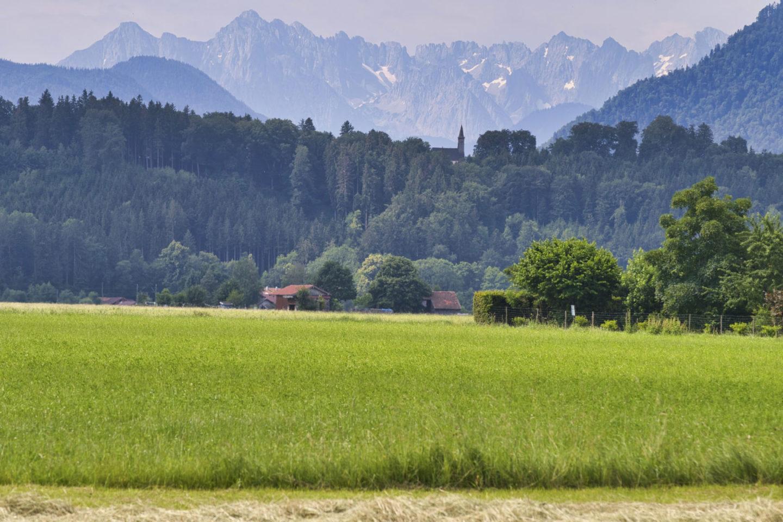 Alpenlandschaft mit Hütte bei Feldwies.
